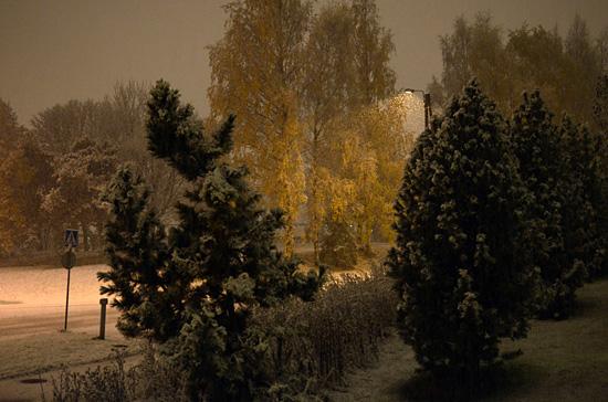 Lunta sataa