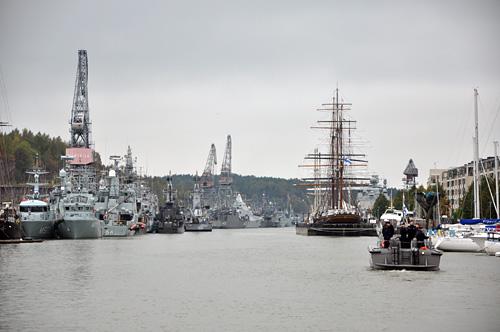 Aurajoki ja sotalaivat II