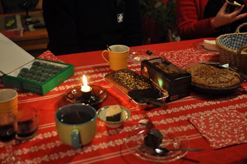 Aaton kahvipöytä