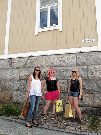 Iloiset Rauman vierailijat
