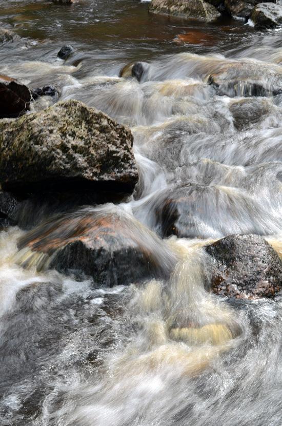 Vesi virtaa I