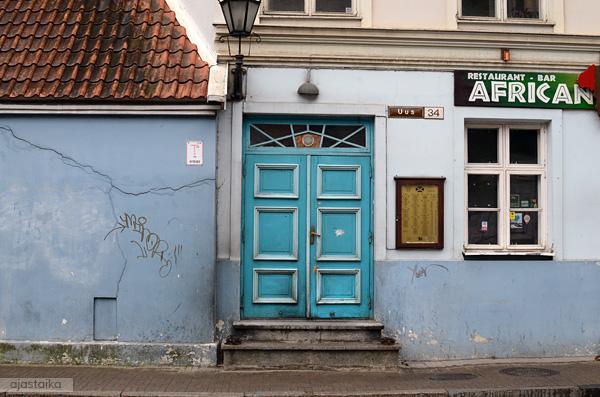 Turkoosi ovi