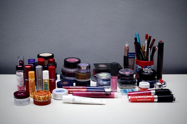 Kosmetiikkahaasteen yhteenveto - meikit
