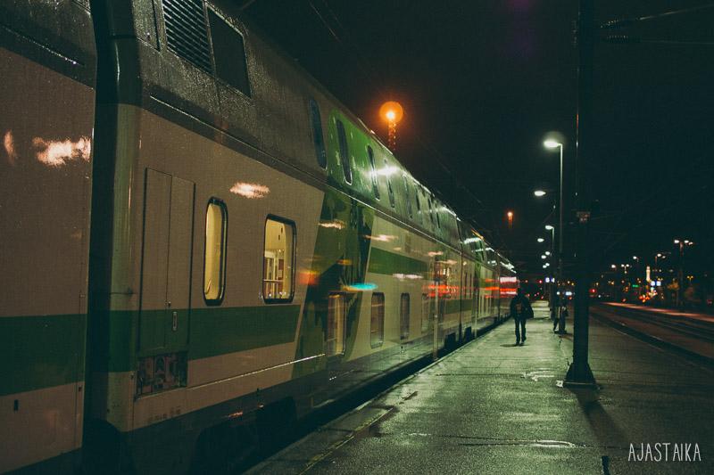Yöjuna Turku-Rovaniemi