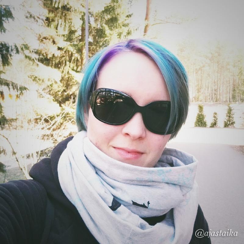 #vapputukka omasta takaa. 😜 #hair #galaxyhair #vappu #meitsie #klodesign